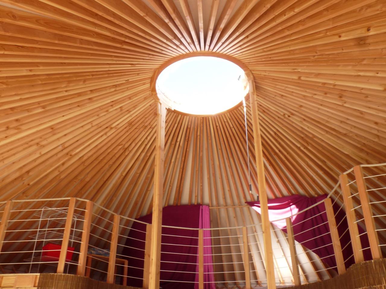 Faire construire yourte for Maison yourte moderne